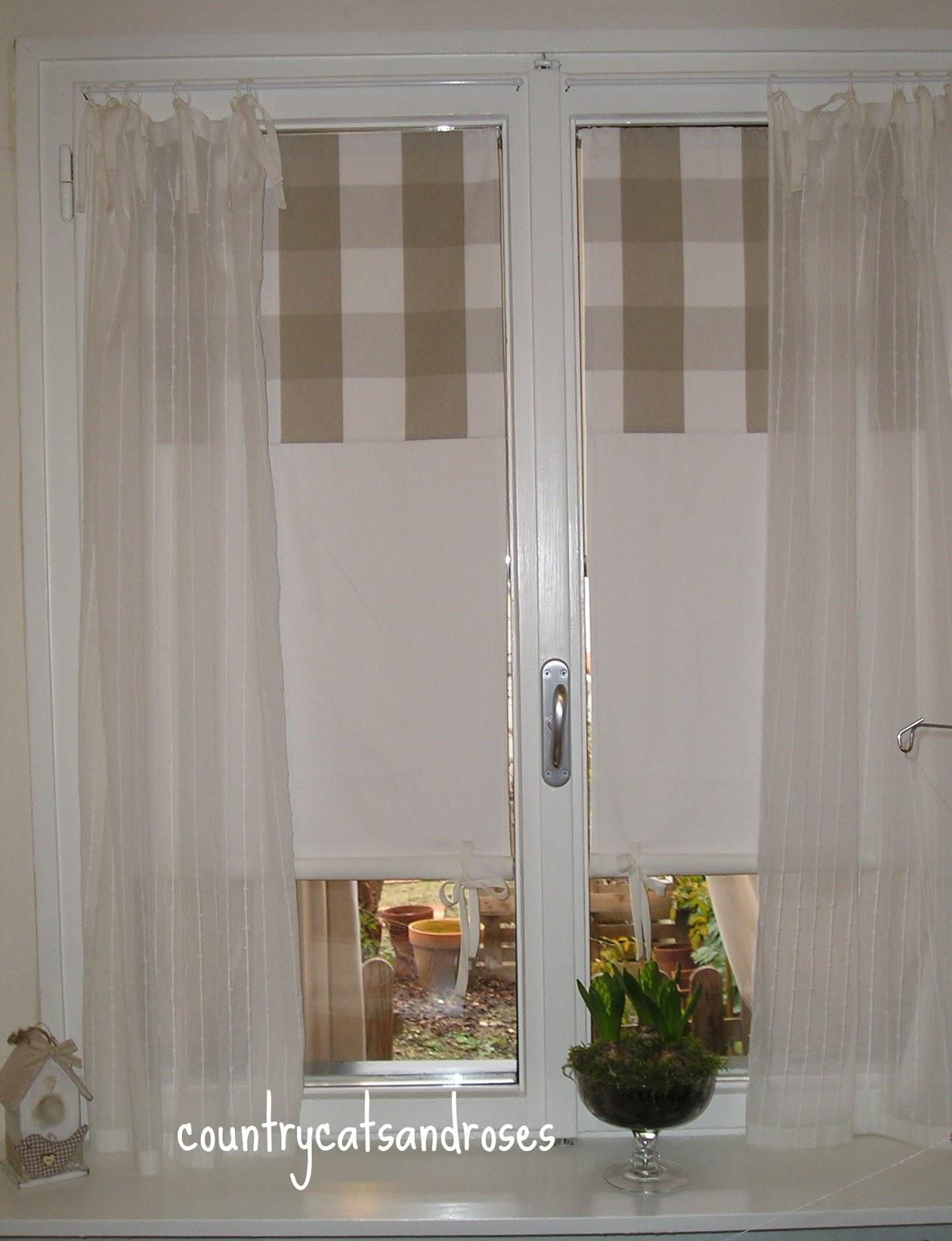 Countrycatsandroses gennaio bianco ordine e tende for Tende cucina a vetro