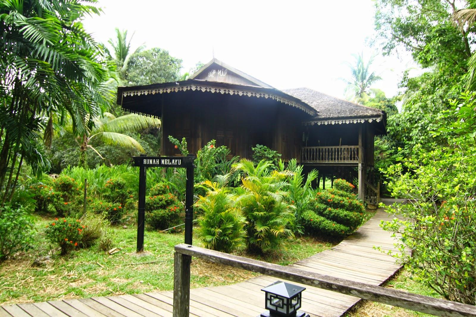 Rumah Melayu Kampung Budaya Sarawak
