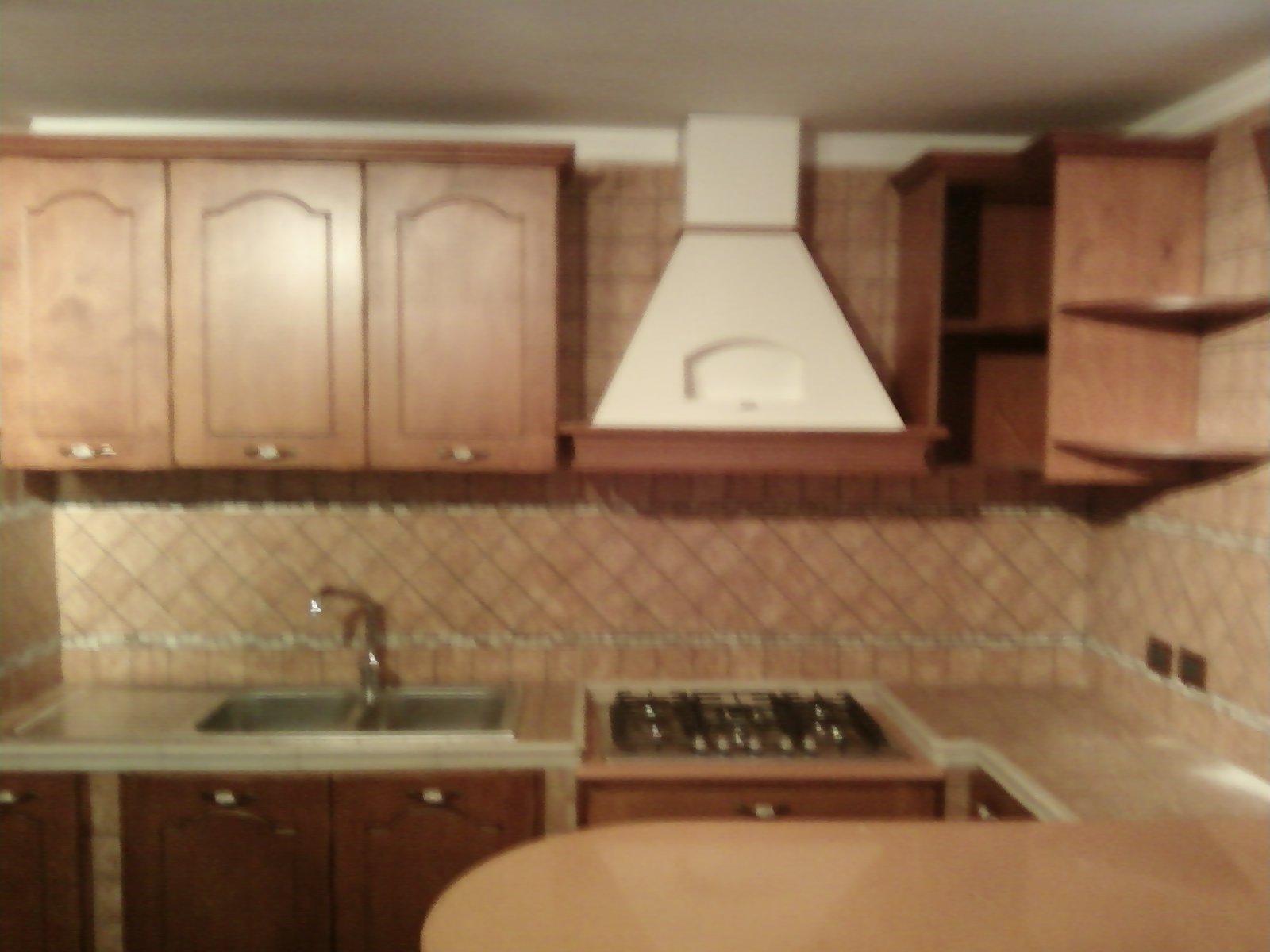 Fai da te hobby legno cucina in muratura - Pensili cucina fai da te ...