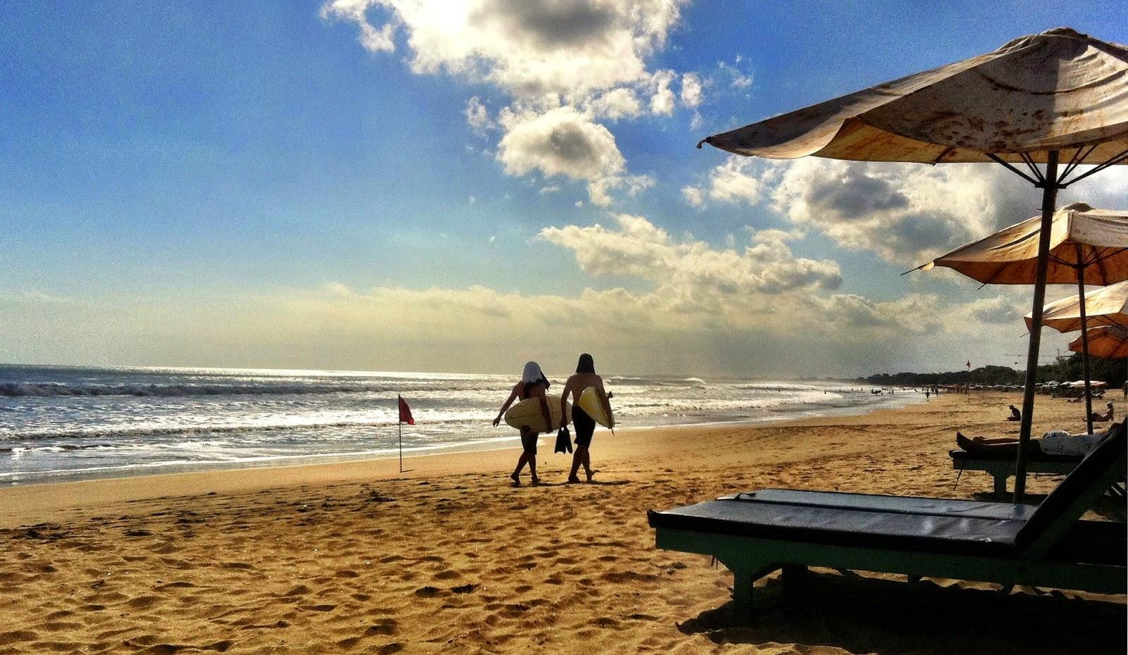 Tempat Wisata Pantai Legian di Bali yang Eksotik