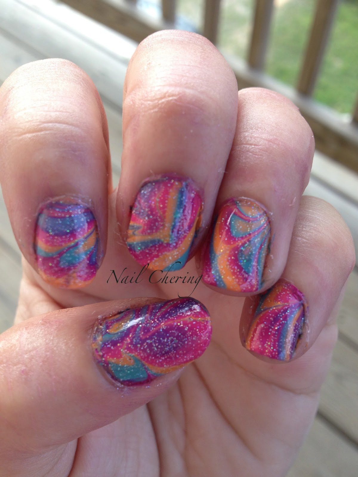 "Nail ""Cher""ing: Psychedelic Summer Water Marble"