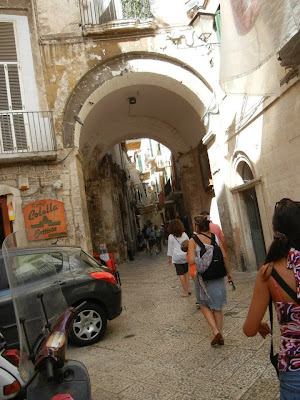 Bari Old Town Arch, photo by Ruth