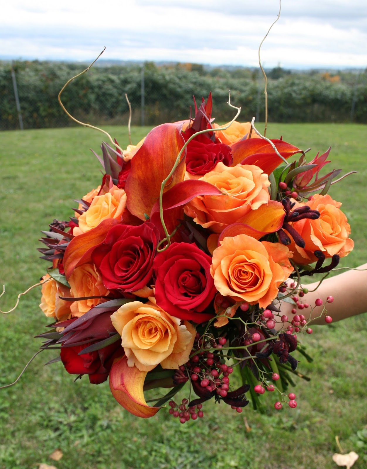Memorable Wedding The Best Flowers For A Fall Wedding