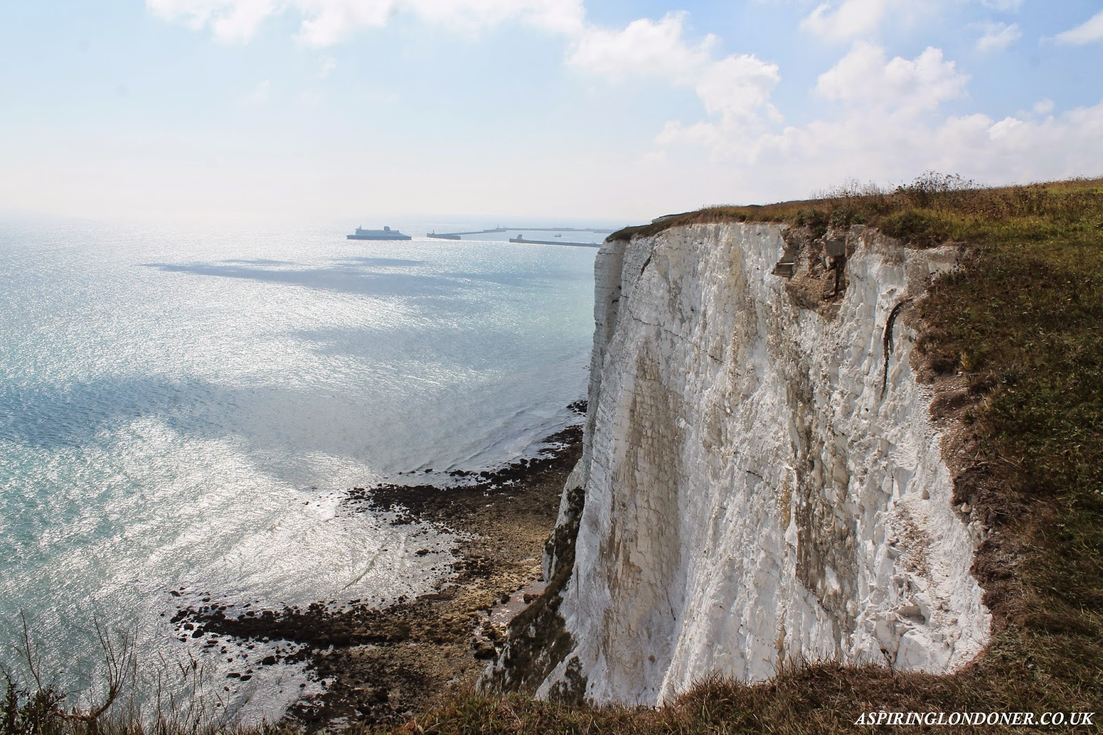 White Cliffs of Dover, Kent - Aspiring Londoner