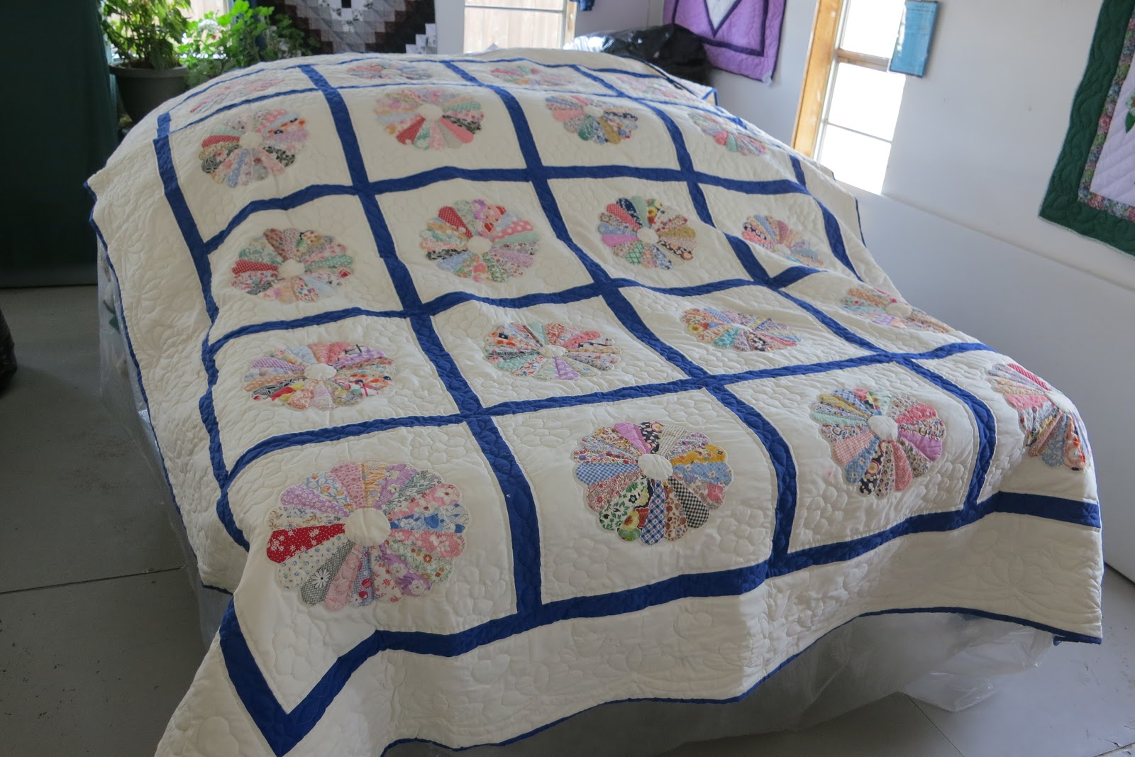 Amish Quilt Shop In Cherry Creek Ny Chautauqua County Tom The