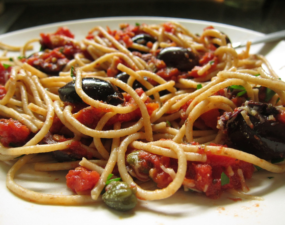 linguine with oven roasted tomato puttanesca spaghetti with puttanesca ...