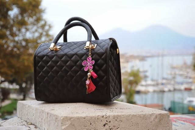 http://www.millenniumstar.it/novita-your-bag-lucrezia-parisi/vedi-tutti-i-prodotti.html