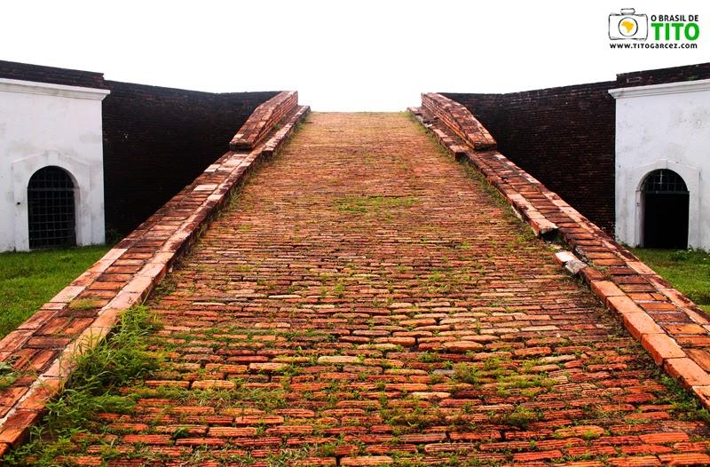 Rampa da  Fortaleza de São José de Macapá, no Amapá