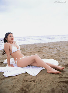 Saaya Irie Japanese girl sexy bikini on beach 2
