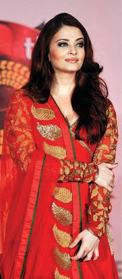 Aishwarya Inaugurates Kalyan Jewellers 50th Showroom @ Pune