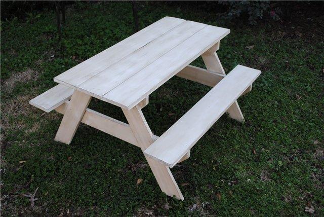 Стол и скамейки на даче своими руками фото