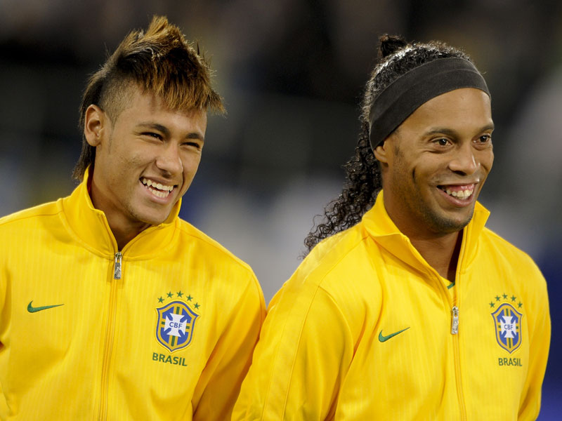 ronaldinho profile and images 2012 football stars wallpapers