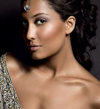 punjabi bridal makeupclass=bridal makeup