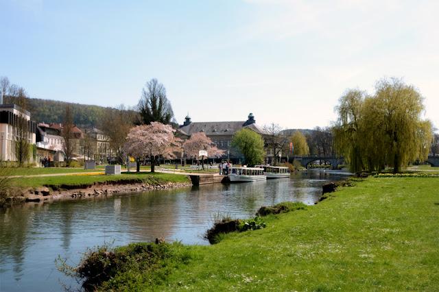 Alltagsperlen im April - Frühling im Kurpark @frauvau.blogspot.de