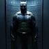 Divulgada nova imagem do uniforme do Batman em Batman vs Superman