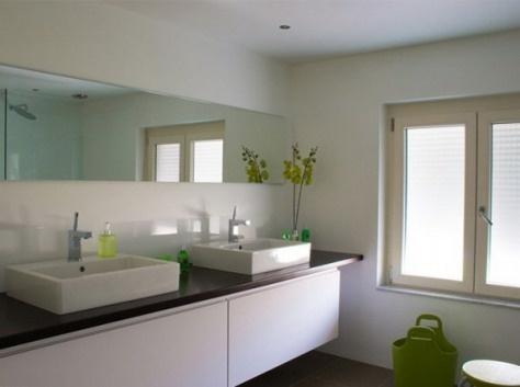 Muebles de ba o de color blanco ba os y muebles for Bano muebles blancos