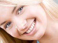 Ternyata Senyuman Merupakan Kunci Hubungan Langgeng