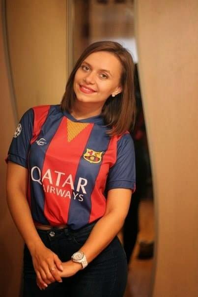 Sexy girls in barcelona jerseys photo 728