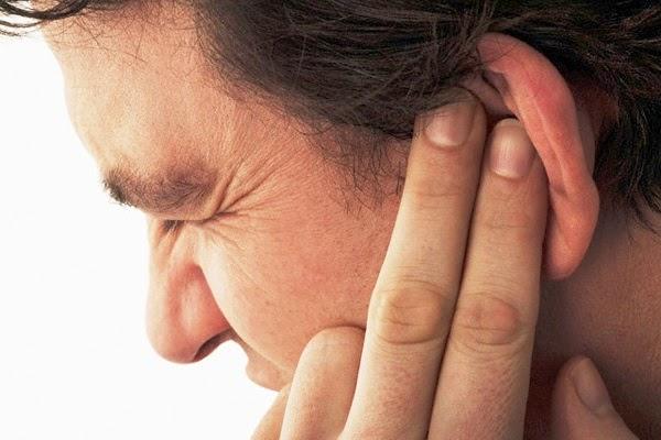 mengobati telinga berdenging