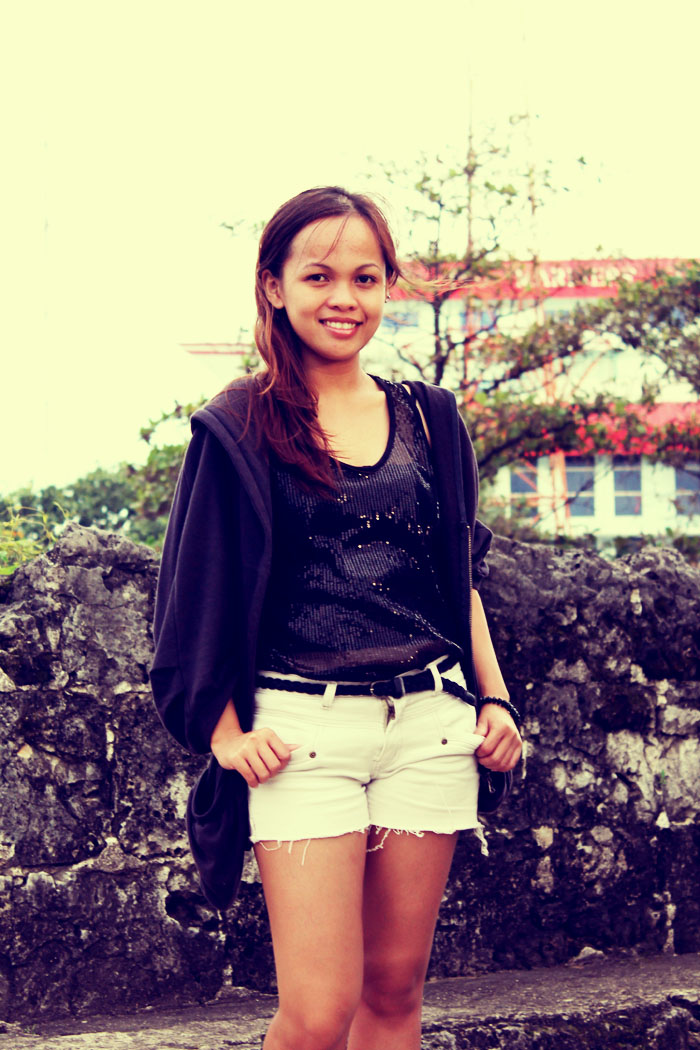 Travel light in style: Walking around Fort San Ped...Fashion, forever 21, Levis, Oversize Jacket, Rusty Lopez flats, Travel light in style: Travel light in style: Walking around Fort San Ped...Fashion, forever 21, Levis, Oversize Jacket, Rusty Lopez flats, Travel light in style