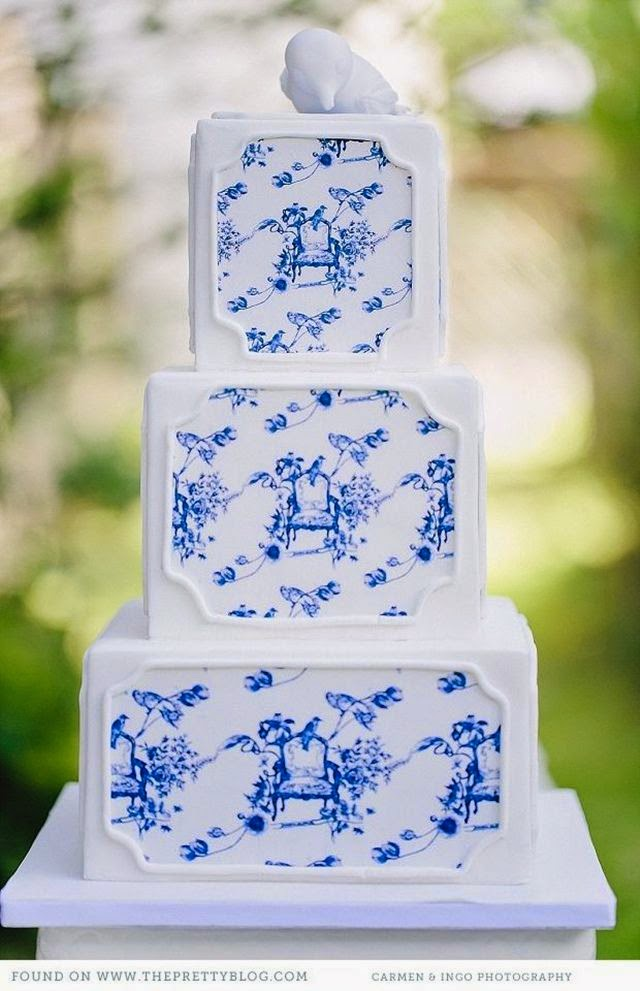navy blue and white toile wedding cake