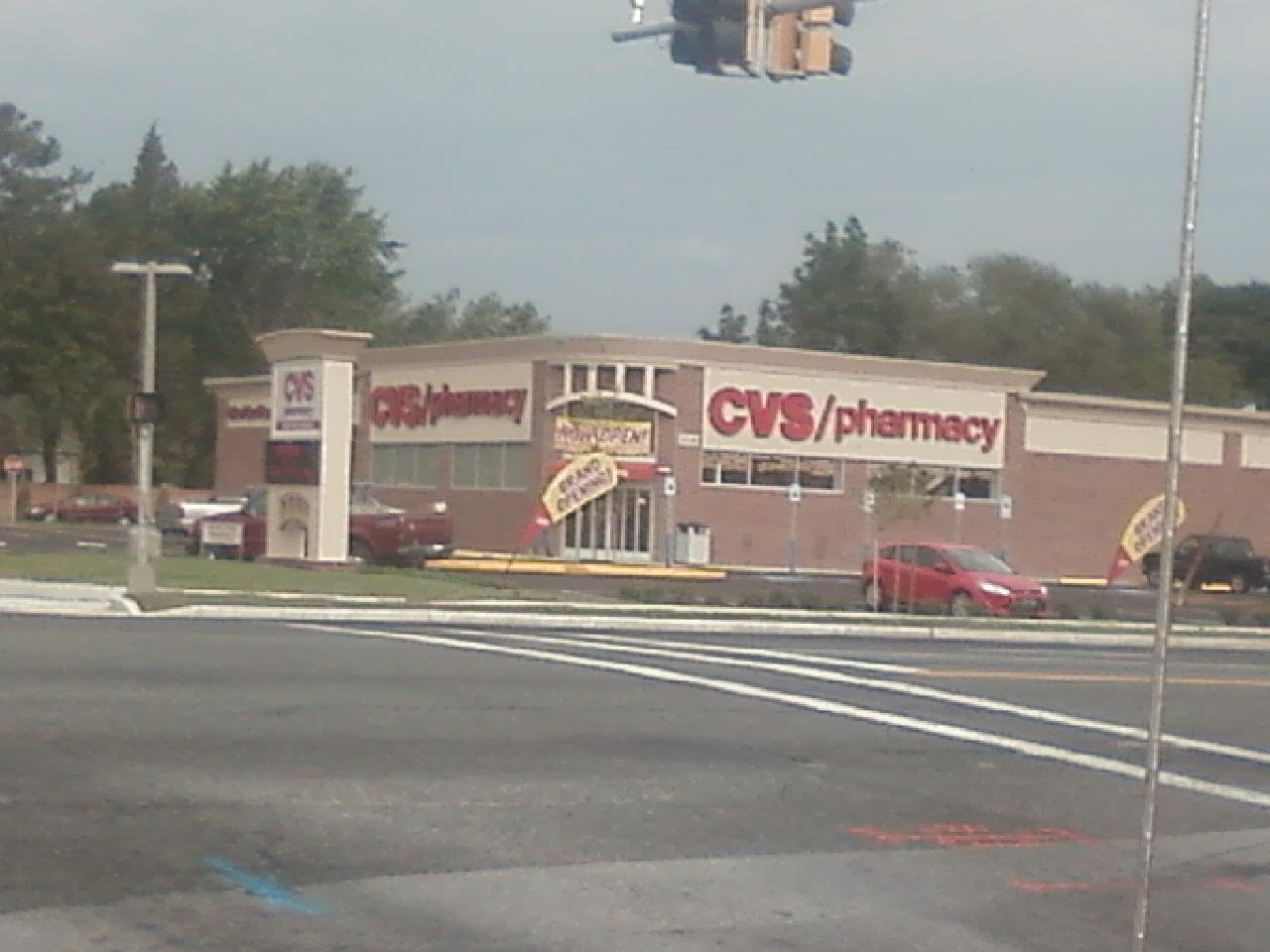 salisbury news  new cvs open on w college  u0026 rt 13