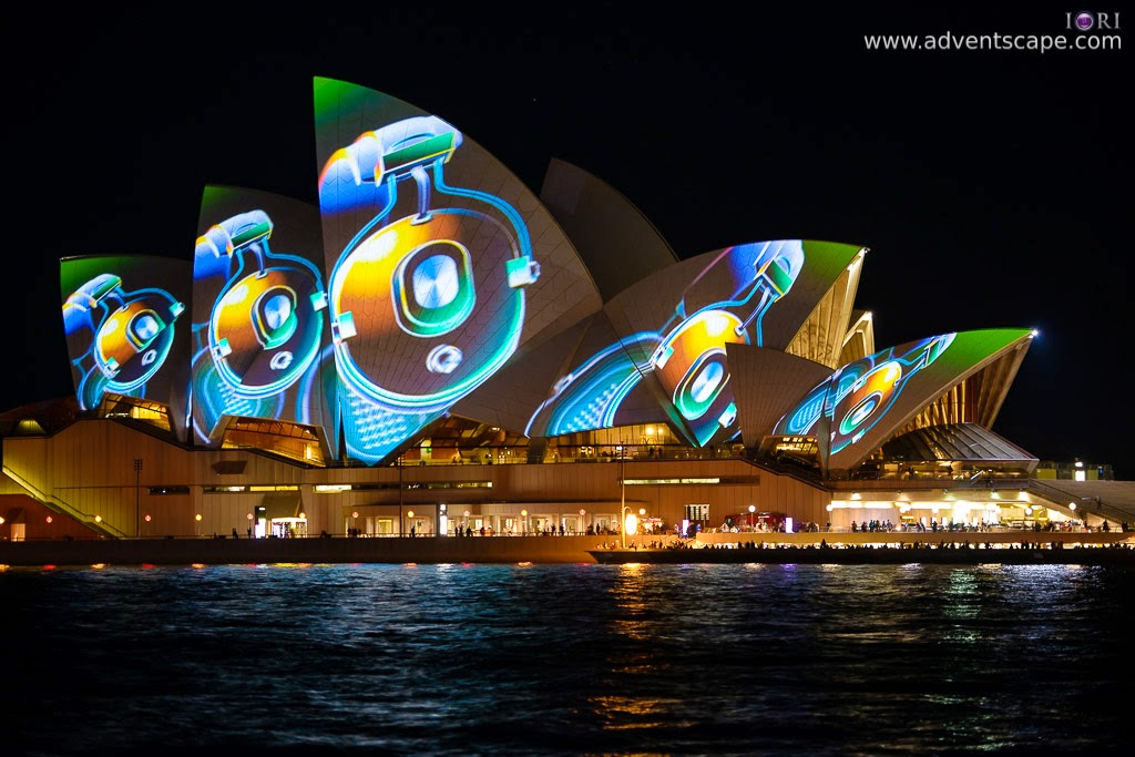 Philip Avellana, Australian Landscape Photographer, Vivid Sydney, Event, CBD, NSW, New South Wales, Australia, lighting, long exposure, 2013, light pattern, Sydney Opera House, gadget