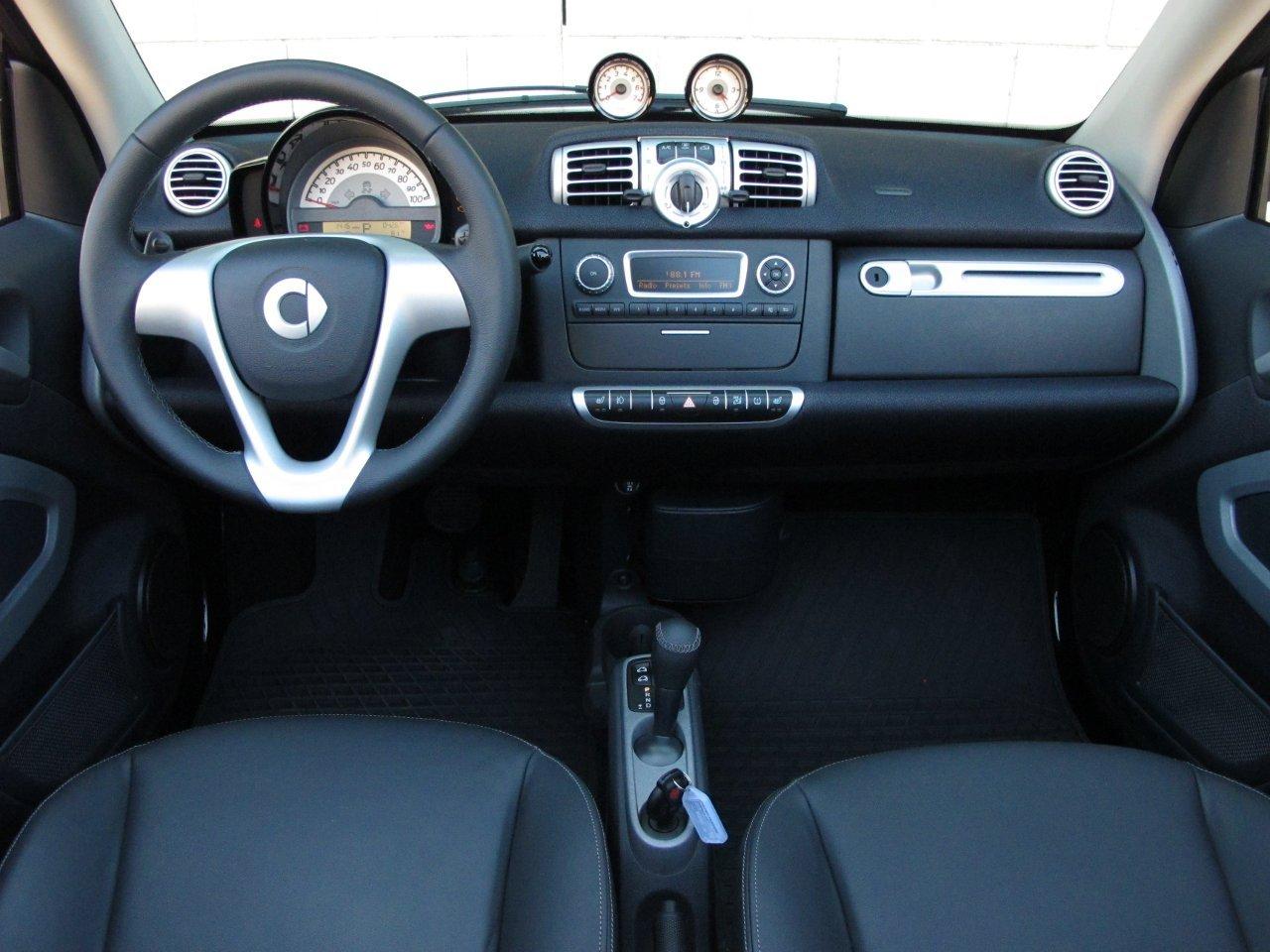 2011 smart fortwo cabriolet review automotive car. Black Bedroom Furniture Sets. Home Design Ideas
