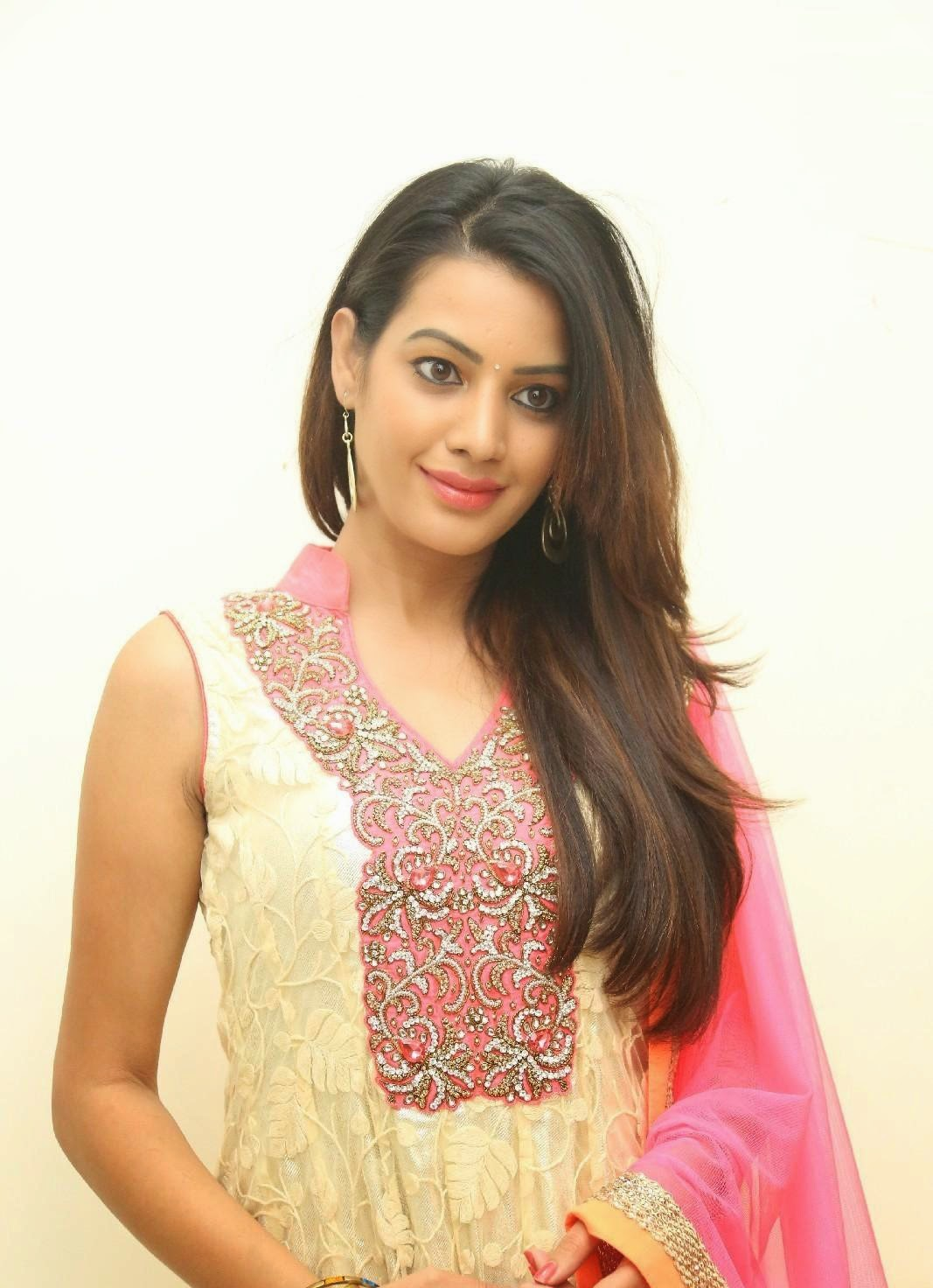 Deeksha panth stills