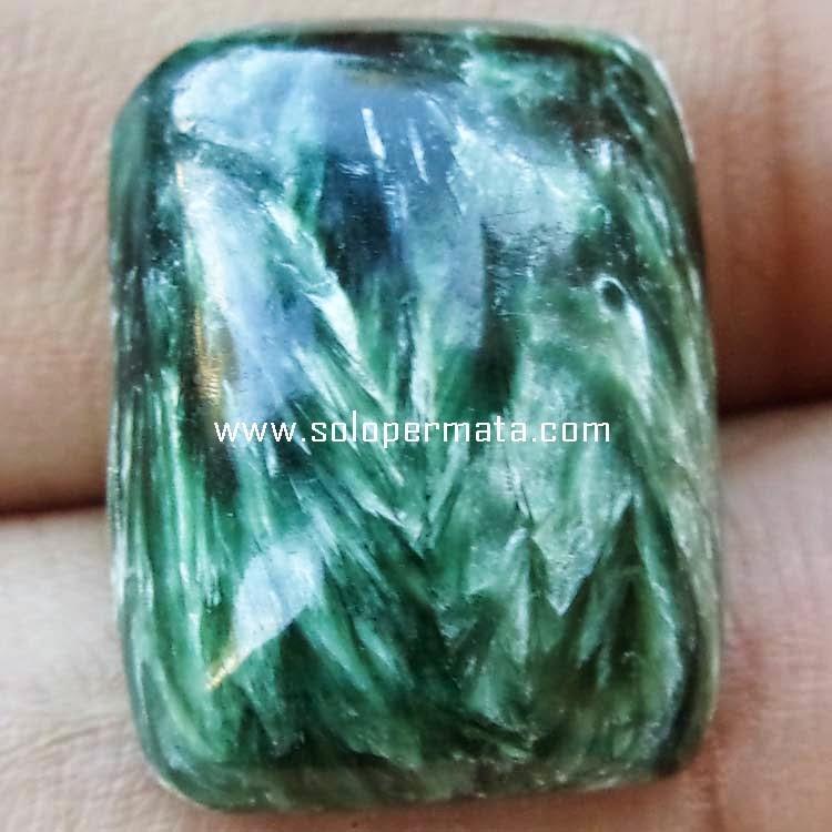 Batu Green Seraphinite Bulu Monyet