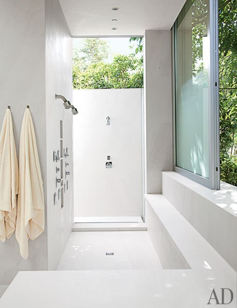 Outdoor showers and baths a flippen life for Indoor outdoor shower