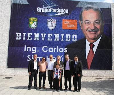 Carlos Slim parte de Pachuca y León