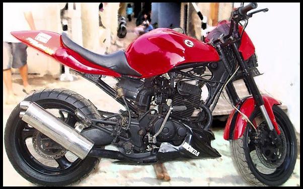 gambar foto modifikasi motor terbaru Honda Tiger Red sport.jpg
