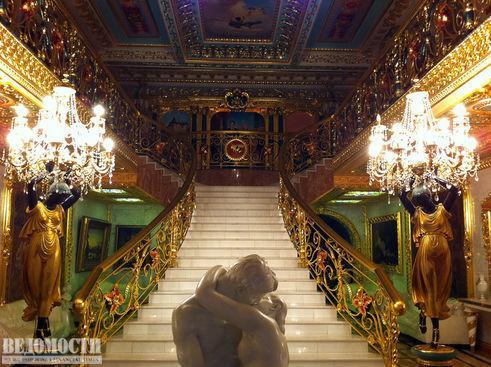 Особняк Брынцалова фото парадной лестницы