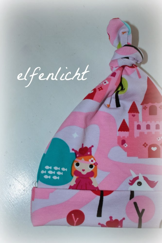 http://de.dawanda.com/product/57516947-Baby-MUeTZE-KnotenMuetze-PRINZESSIN-Gr7480