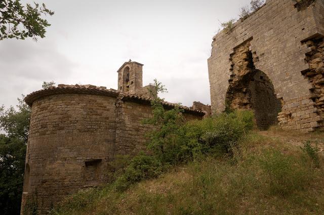 Chevet de Sainte Agathe village de Sabran