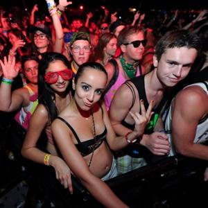 Private Parties Clandestine Drug Use Raves Concerts All The Rage For A Younger Generation Denied A Six Pack At The Corner Store