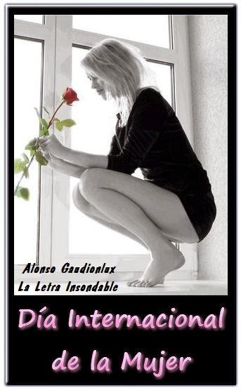 Imagen conmemorativa por el día internacional de la mujer, donde se ve a una chica agachada cerca de una ventana mirando una rosa en sus manos.