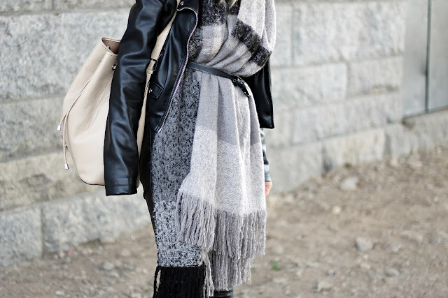 belted scarf outfit