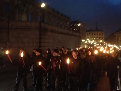 Факельное шествие шведских нацистов в Стокгольме
