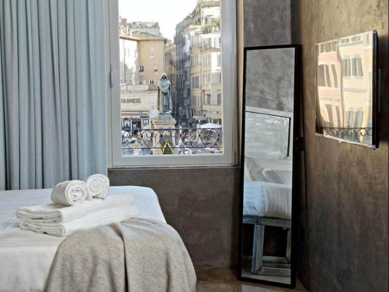 Mama's Home (Roma)