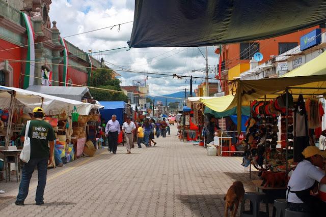 tianguis sunday market tlacolula oaxaca