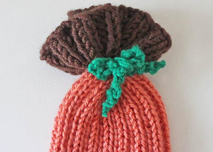 Pumpkin Hat Knitting Pattern : Baby Pumpkin Hat [knitting pattern] - Gina Michele