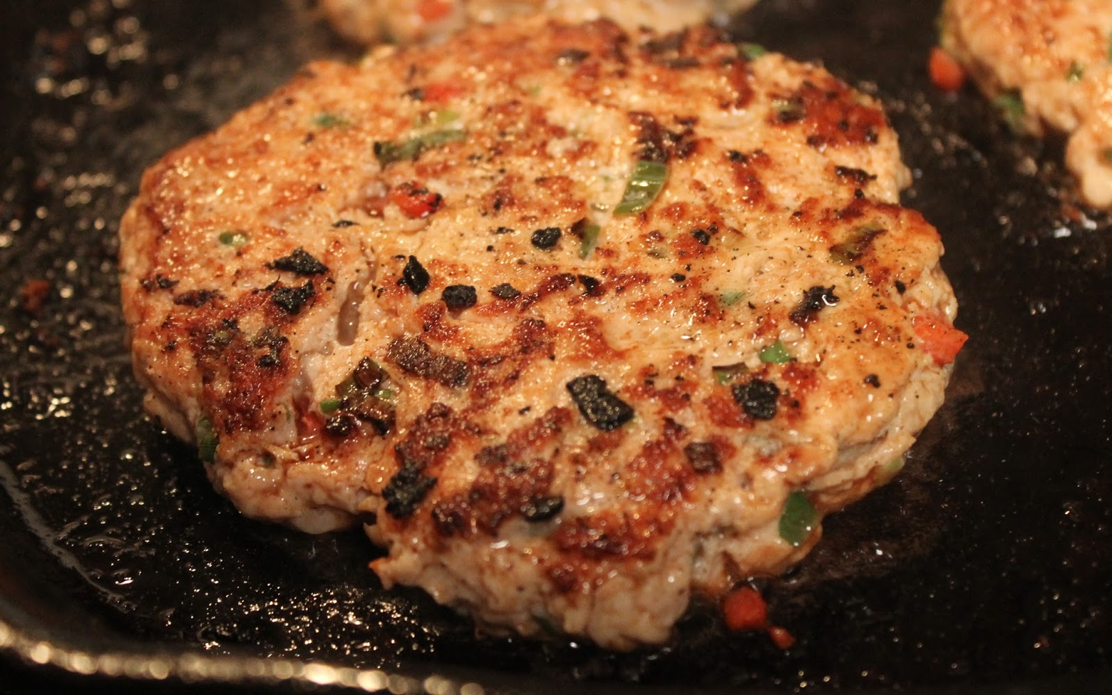 how to make ground chicken burgers moist