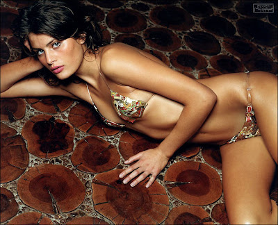 Isabeli Fontana Beautiful Wallpaper
