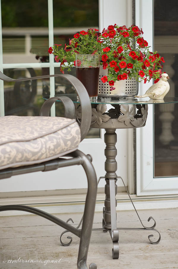 Create a place to set your summer beverage by transforming  a vintage plant stand into a side table.  |  www.andersonandgrant.com