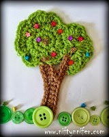 Tree Motif Crochet Patter Free With Video Tutorials Sunday Night Link Blast ~A Mix Of Fun Crochet Patterns http://www.niftynnifer.com/2014/12/sunday-night-link-blast-mix-of-fun.html #LinkBlast #Crochet #CrochetRoundUp