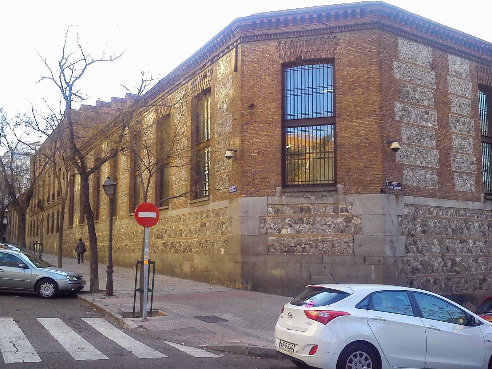 Por la calle de alcal real f brica de tapices de santa - Tapiceros madrid ...