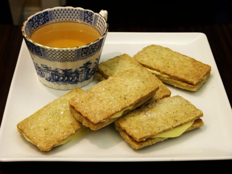Moveable Feasts: Jasmine Shortbread Sandwiches with Grapefruit Curd