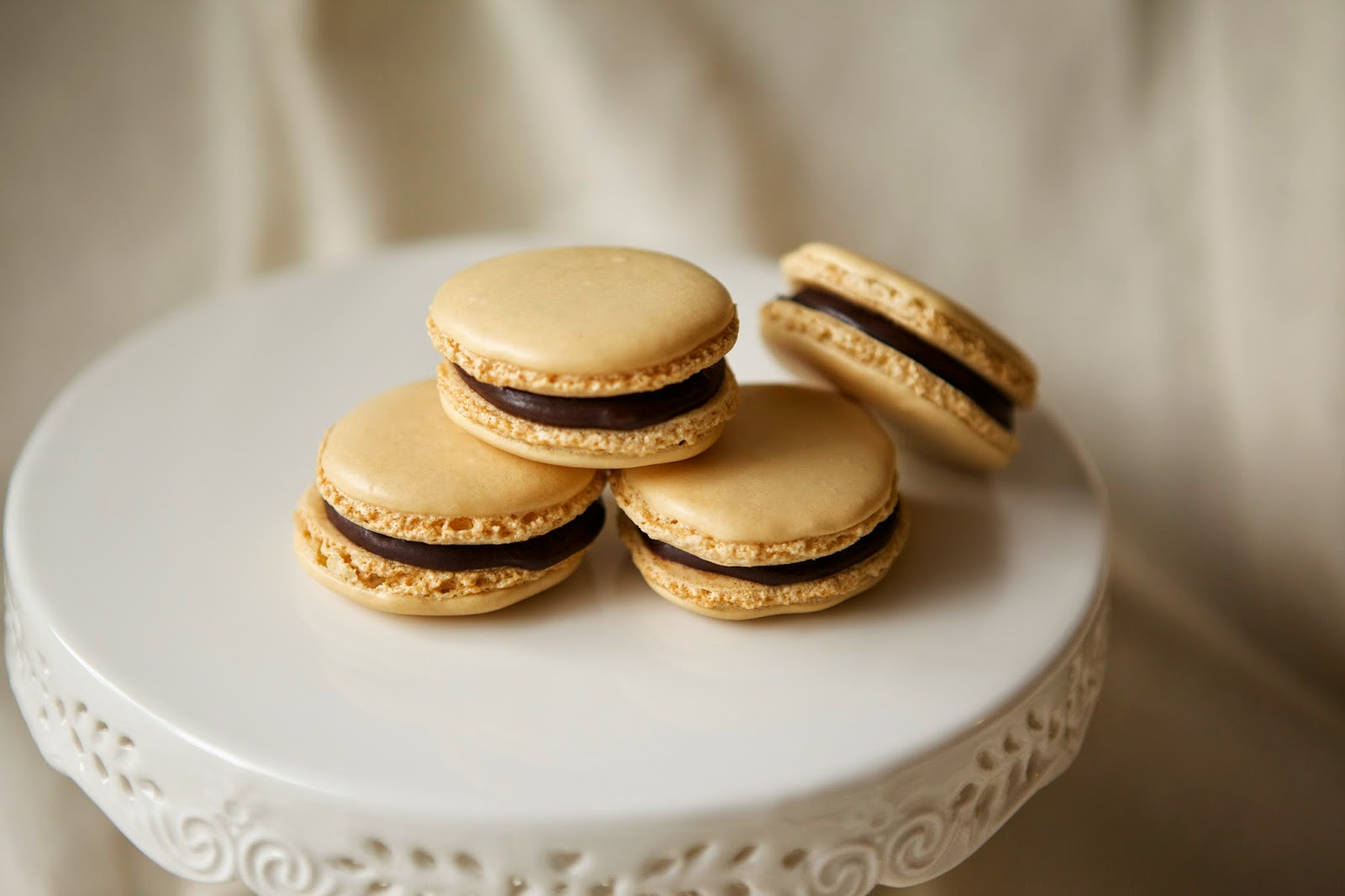 Chocolate Hazelnut Macarons @ Rustic Peach